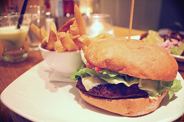 burgers 6791.JPG effected