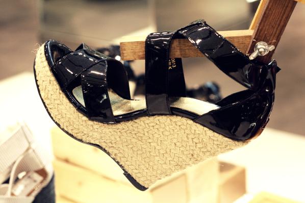 shoes2_.jpg