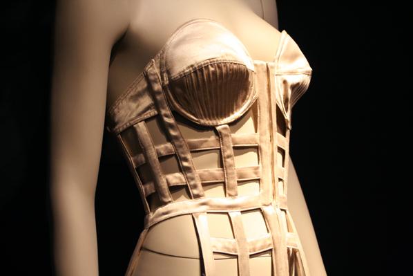 Expo Jean Paul Gaultier Musée des Beaux Arts de M-copie-10