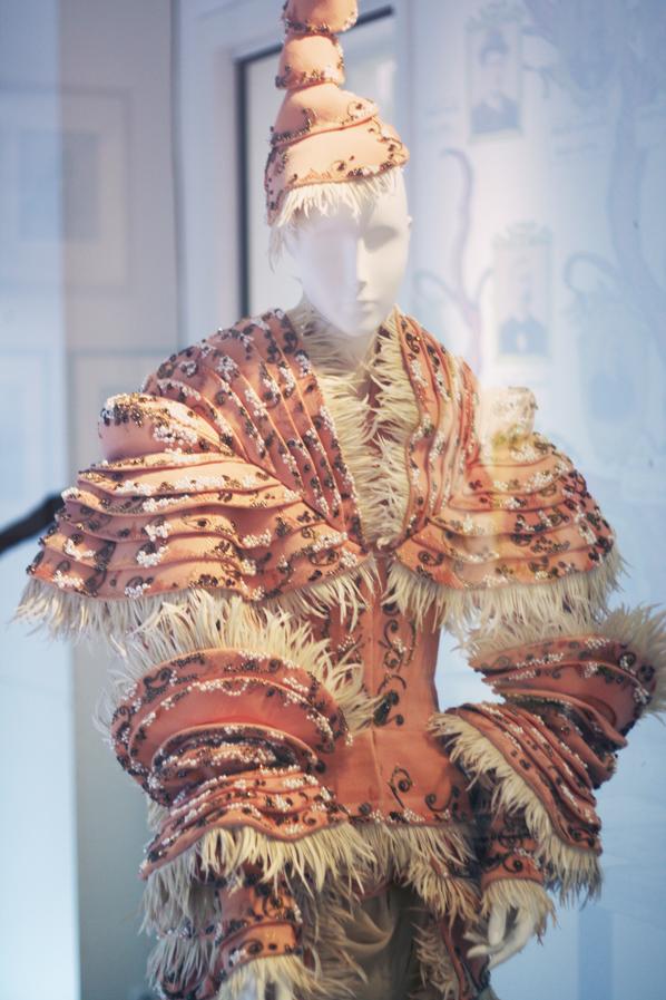 exposition musée christian dior (6)