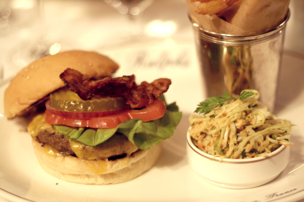 Ralph Lauren restaurant Paris boulevard St Germain 2  Ralph's Burger² (+ SURPRISE !!!)