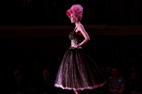jean paul gaultier couture amy winehouse IMG 0783