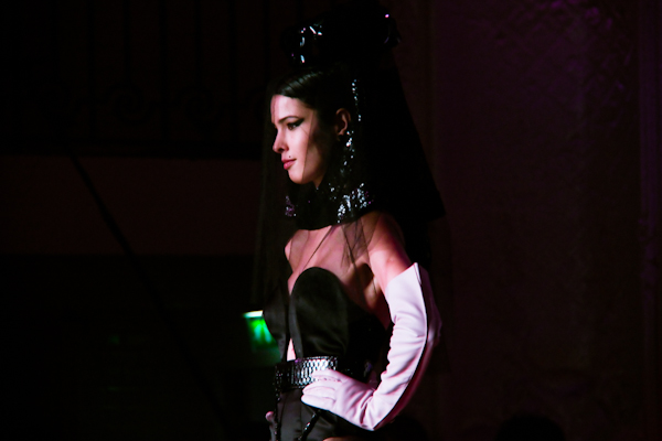jean paul gaultier couture amy winehouse IMG 0836