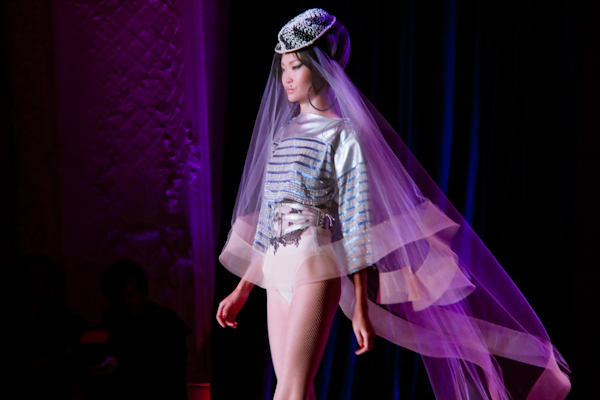 jean paul gaultier couture amy winehouse IMG 0844