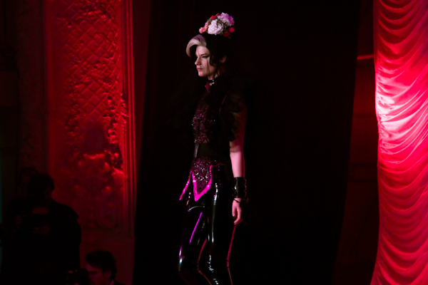 jean paul gaultier couture amy winehouse IMG 0867