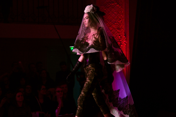jean paul gaultier couture amy winehouse IMG 0884