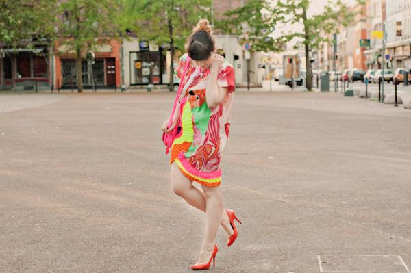 paulinefashionblog.com-robe-manoush-perroquet-fluo-neon_-7.jpg