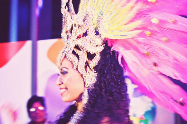 VOYAGE ILE MAURICE c paulinefashionblog.com  562 Carnet de voyage : l'Ile Maurice, le carnaval de Flic en Flac et la Mauritius Shopping Fiesta