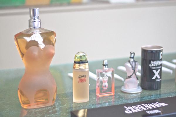 BLOG Atelier Olfactif Jean Paul Gaultier Parfums c pauline La Séduction au Féminin, les Parfums et Jean Paul Gaultier