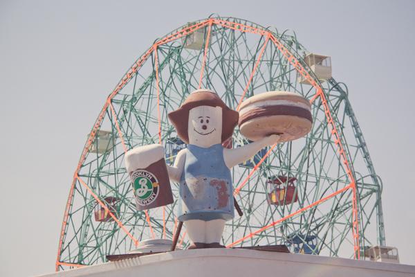 coney island c paulinefashionblog.com  12 Coney Island...