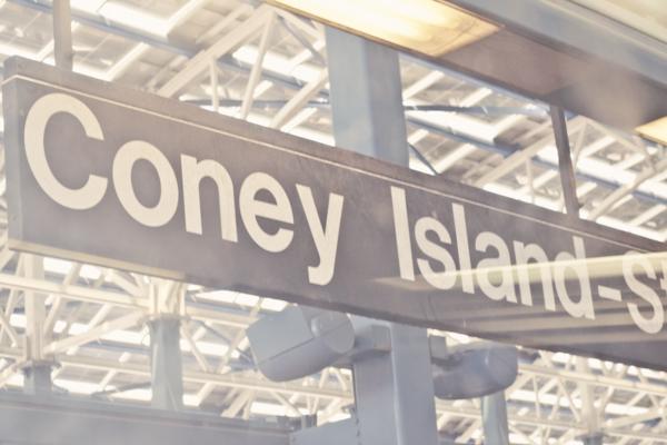 coney island c paulinefashionblog.com  4 Coney Island...