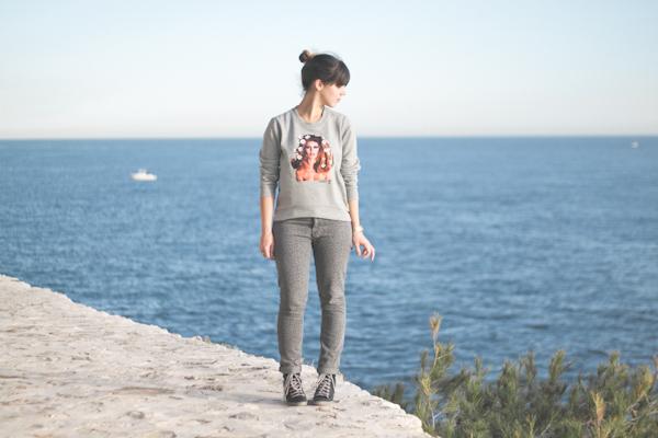 brigitte-bardot-sweater---paulinefashionblog.com_-6.jpg