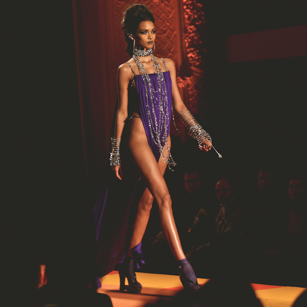 jean-paul-gaultier-printemps-ete-2013-haute-cout-copie-20.jpg