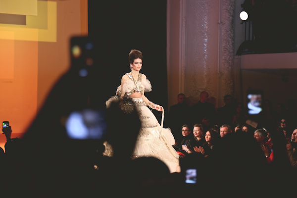 jean-paul-gaultier-printemps-ete-2013-haute-cout-copie-22.jpg